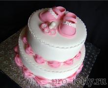 торт девочке на годик двухъярусный