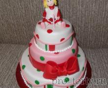 торт девочке годик с куколкой