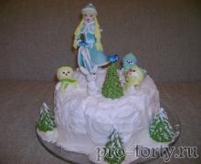 торт со Снегурочкой